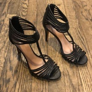 Vince Camino Black leather heels size 7.5